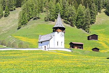 Alpine church and huts, Davos, Canton of Graubunden, Prettigovia Davos Region, Switzerland, Europe