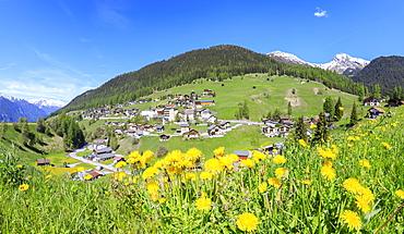 Panoramic of the alpine village of Davos Wiesen in spring, Canton of Graubunden, Prettigovia Davos Region, Switzerland, Europe