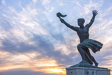 Statue of Liberation Monument, The Citadel, Gellert Hill, Budapest, Hungary, Europe