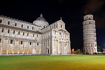 Cathedral (Duomo) and Leaning Tower at night, Piazza Dei Miracoli, UNESCO World Heritage Site, Pisa, Tuscany, Italy, Europe