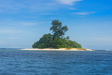 The stunning little island of Ral off the coast of Kavieng, New Ireland, Papua New Guinea, Pacific