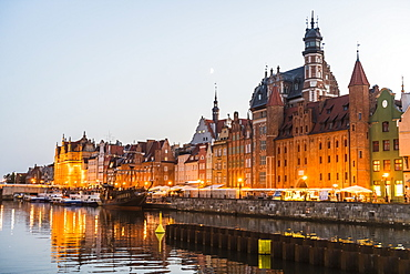 Hanseatic League houses on the Motlawa River at sunset, Gdansk, Poland, Europe