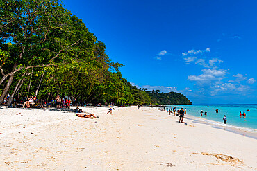 Tourists on a white sand beach and turquoise water, Koh Rok, Mu Ko Lanta National Park, Thailand, Southeast Asia, Asia