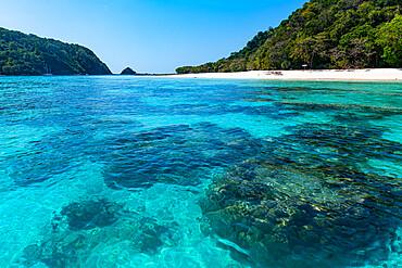 White sand beach and turquoise water, Koh Rok, Mu Ko Lanta National Park, Thailand, Southeast Asia, Asia