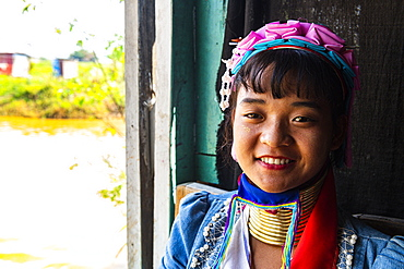 Long-necked woman from Padaung Tribe, Inle Lake, Shan state, Myanmar (Burma), Asia
