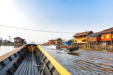 Village on stilts, Nampan, Inle Lake, Shan state, Myanmar (Burma), Asia