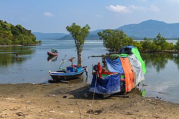 Sea gypsy boat near Maungmagan, Dawei, Mon state, Myanmar (Burma), Asia