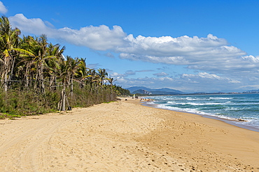 Long sandy beach, Haitang bay, Sanya, Hainan, China, Asia