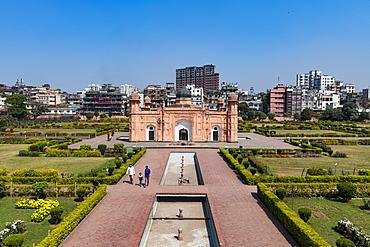 Tomb of Bibi Pari, Lalbagh Fort (Fort Aurangabad), Dhaka, Bangladesh, Asia