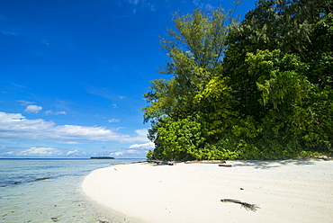 Turquoise water and a white beach on Christmas Island, Buka, Bougainville, Papua New Guinea, Pacific