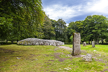 Clava cairn, Bronze Age circular chamber tomb, Inverness, Highlands, Scotland, United Kingdom, Europe