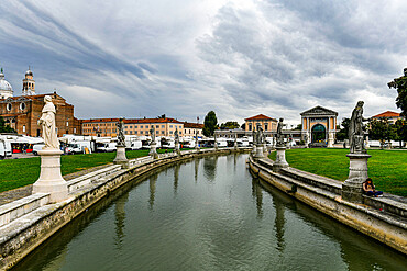 Prato della Valle square, Unesco world site Padua, Italy