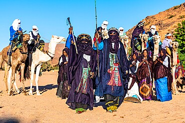 Traditional dressed Tuaregs, Oasis of Timia, Air Mountains, Niger, Africa