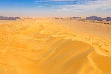 Aerial of 'crab's claw' Arakao sand dune, Tenere desert, Niger