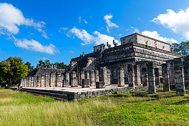 Pre-Columbian city, Chichen Itza, UNESCO World Heritage Site, Yucatan, Mexico, North America