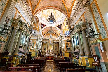 Basilica Colegiata de Nuestra Senora, UNESCO World Heritage Site, Guanajuato, Mexico, North America