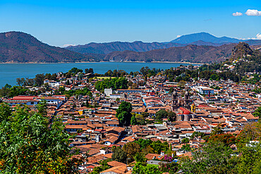Overlook over Valle de Bravo and Lake Avándaro, state of Mexico, Mexico