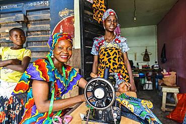Friendly tailors, Ibadan, Nigeria, West Africa, Africa