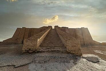 Ziggurat, ancient city of Ur, The Ahwar of Southern Iraq, UNESCO World Heritage Site, Iraq, Middle East - 1184-5780