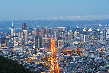 View of the city from Twin Peaks, San Francisco, California, United States of America, North America