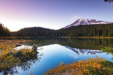 Reflection Lake, Mount Rainier National Park, Washington State, United States of America, North America