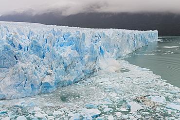 Perito Moreno glacier, El Calafate, Santa Cruz, Argentina, South America
