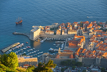 View of the old town from Srd Hill, UNESCO World Heritage Site, Dubrovnik, Croatia, Europe
