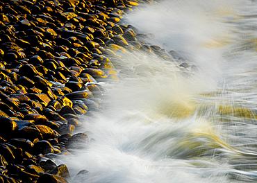 Waves and storm beach, Minard Beach, Dingle Peninsula, County Kerry, Munster, Republic of Ireland, Europe