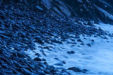 Waves and storm beach at dawn, Minard Beach, Dingle Peninsula, County Kerry, Munster, Republic of Ireland, Europe
