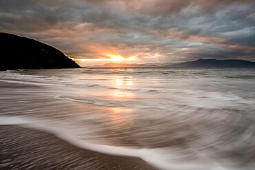 Minard Bay at sunrise, Dingle Peninsula, County Cork, Munster, Republic of Ireland, Europe