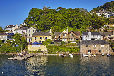 A quintessential Devon riverside village of Noss Mayo, on the River Yealm, near Plymouth, on Devon's south coast, Devon, England, United Kingdom, Europe