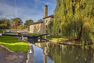One of the first and last locks on the Kennet and Avon Canal at its junction with the River Avon, in Bath, Somerset, England, United Kingdom, Europe
