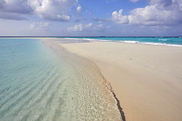 A tropical island sand bar, on Havodda island, in Gaafu Dhaalu atoll, in the far south of The Maldives, Indian Ocean, Asia