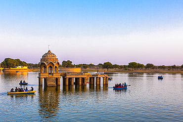 Gadisar Lake in late afternoon light, Jaisalmer, Rajasthan, India, Asia