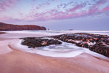 Sandwood Bay at sunrise, with Am Buachaille sea stack in far distance, Sutherland, Scotland, United Kingdom, Europe