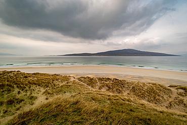 Luskentyre Beach, West Harris, with Taransay in far distance, Outer Hebrides, Scotland, United Kingdom, Europe - 1209-222