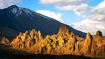 Mount Teide volcano at sunset, Mount Teide National Park, UNESCO World Heritage Site, Tenerife, Spain, Europe