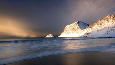 A dramatic Haukland Beach, Lofoten, Nordland, Norway, Europe