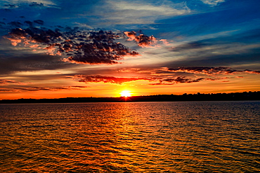 Beautiful sunset on the Yellowstone River, North Dakota, United States of America, North America