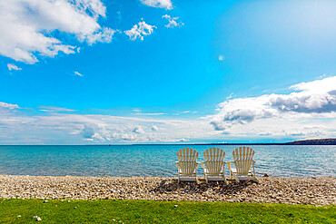 Crystal clear waters and pebbled beaches, Mackinac Island, Michigan, United States of America, North America