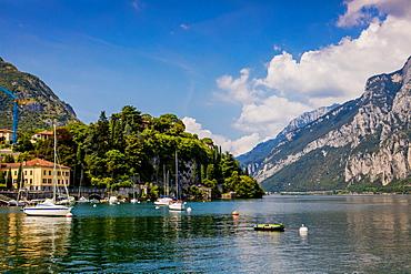 Scenic view from Castello di Rossino on Lake Como, Italian Lakes, Lombardy, Italy, Europe
