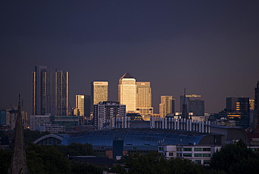 Canary Wharf, Docklands, at sunset from the top of Primrose Hill, London, England, United Kingdom, Europe
