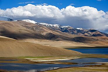 Tso Moriri lake at an altitude of 4595m, Ladakh, Himalayas, north India, Asia