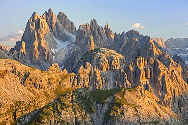 Cadini mountain group (Cima Cadin), Dolomites, UNESCO World Heritage Site, Veneto, Italy, Europe