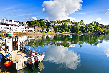Portree Harbour, Isle of Skye, Inner Hebrides, Highlands and Islands, Scotland, United Kingdom, Europe