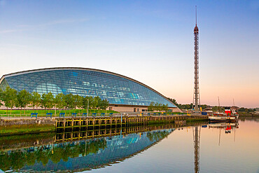 Science centre, Glasgow Tower, PS Waverley, River Clyde, Glasgow, Scotland, United Kingdom, Europe