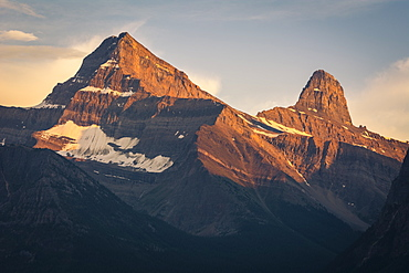 Alpenglow on Mount Christie and Brussels Peak at sunset, Jasper National Park, UNESCO World Heritage Site, Alberta, Rocky Mountains, Canada, North America