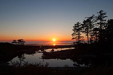 Pacific coast beach sunset, Olympic National Park, UNESCO World Heritage Site, Washington State, United States of America, North America
