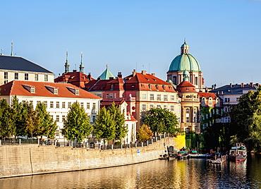 View over Vltava River towards Stare Mesto (Old Town), Prague, UNESCO World Heritage Site, Bohemia Region, Czech Republic, Europe