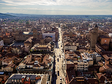 Via Rizzoli, elevated view from the Asinelli Tower, Bologna, Emilia-Romagna, Italy, Europe
